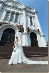 невеста у Храма Христа